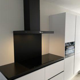 Keuken achterwand zwart - Ral 9005 - Gitzwart